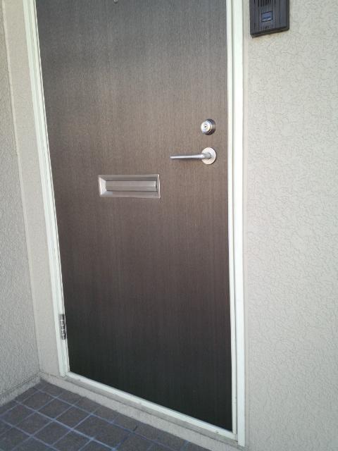 施工後の玄関ドアです。