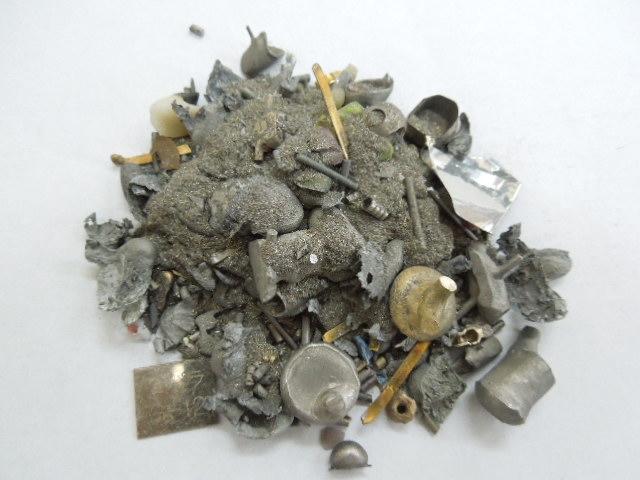 歯科技工金属(キャスト屑・研磨粉・鋳造合金)