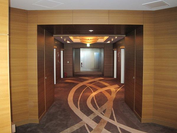 新宿 ホテル 客室通路内装工事 トータルコーディネート