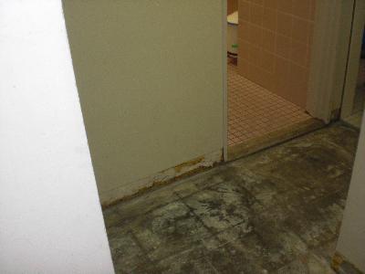 汚れがひどすぎた床が