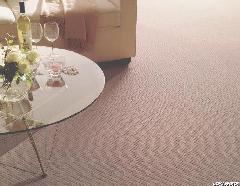 ピンク系のキュートなカーペット