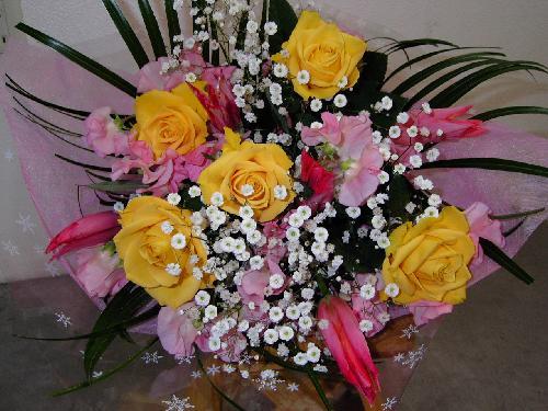 販売した花束(29)お見舞いの花束です。