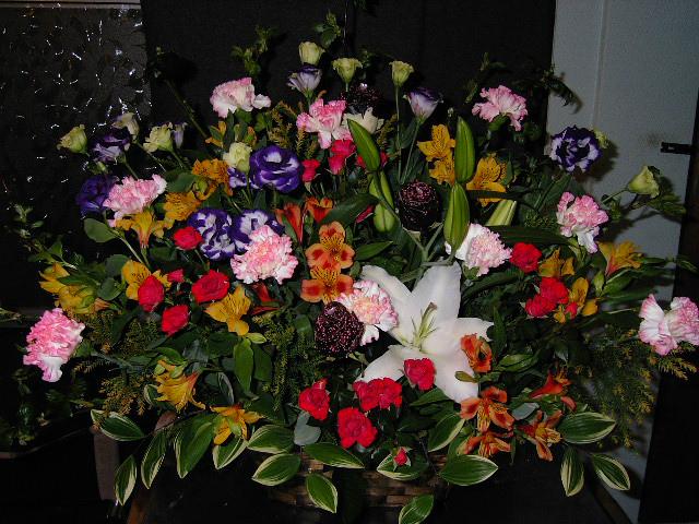 バレエのお祝いスタンド花。