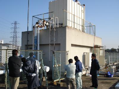 貯水槽の水をオゾン水に変えます