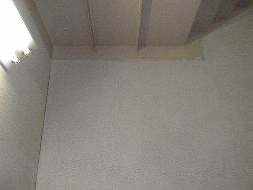 岸和田市 工場壁面清掃