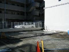 駐車場据付工事(神奈川県平塚市)