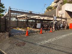 駐車場解体工事(茨城県水戸市)