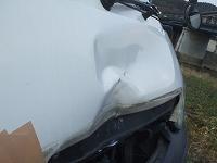 小さい傷から大破まで車のプロが丁寧に修理