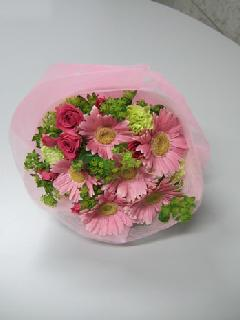 ピンク系の花束 M-002
