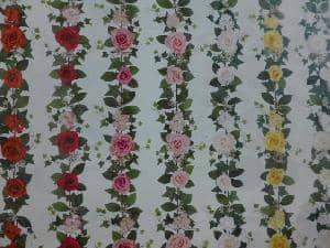 造花の花つきのガーランド・つた