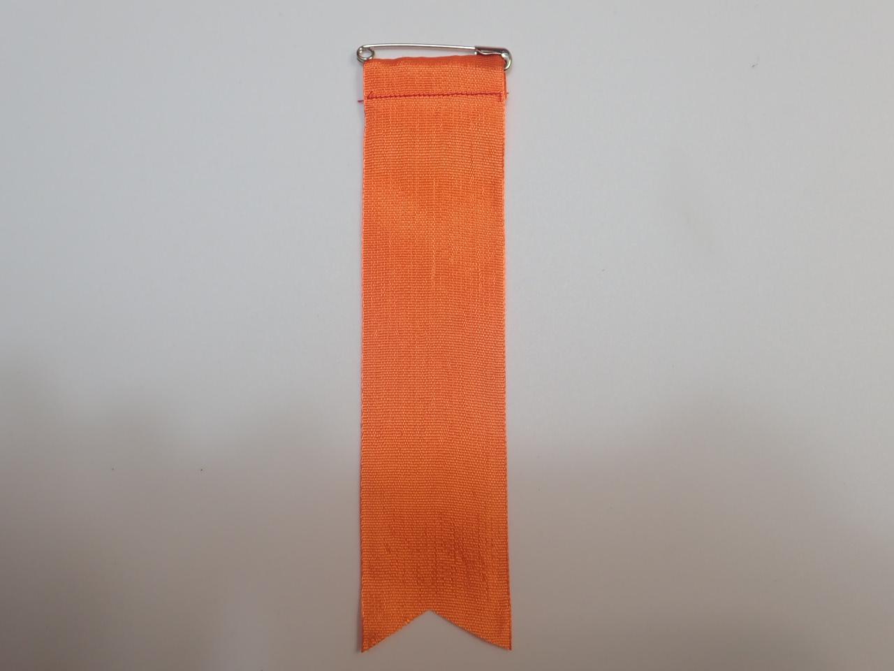 胸につける目印リボンタレ章(大)記章・徽章(全長16cm)オレンジ/選挙・講演会等で胸につけるリボン