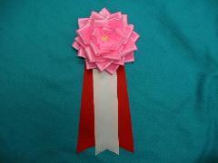 胸につける花リボンバラ・記章・徽章(特大・花径14cm)ピンク/選挙・講演会等で胸につける花