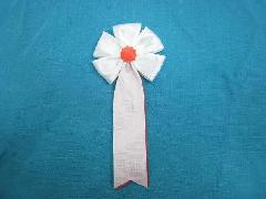 胸につける花・五方タレ章・記章・徽章(花径6cm)白/選挙・講演会等で胸につける花