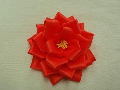 胸につける花リボンバラ・記章・徽章(小・花径8cm)オレンジ