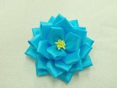 胸につける花リボンバラ・記章・徽章(特小・花径7cm)青24個入り