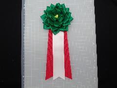 胸につける花リボンバラ・記章・徽章(中・花径10cm)緑