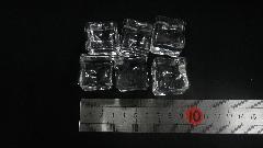 アクリルアイス・イミテーションアイス・ディスプレイアイス(キューブアイス6個入り約2,6cm)アクリル製