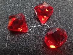 4cmダイヤモンド型3個入り(レッド)TOMI6100