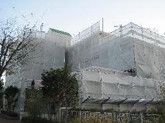 藤沢市大庭マンション 及び店舗の改修足場工事