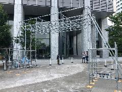 お祭りゲート 花台設置足場工事