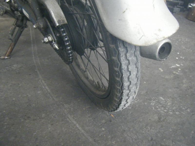 スーパーカブ タイヤ交換