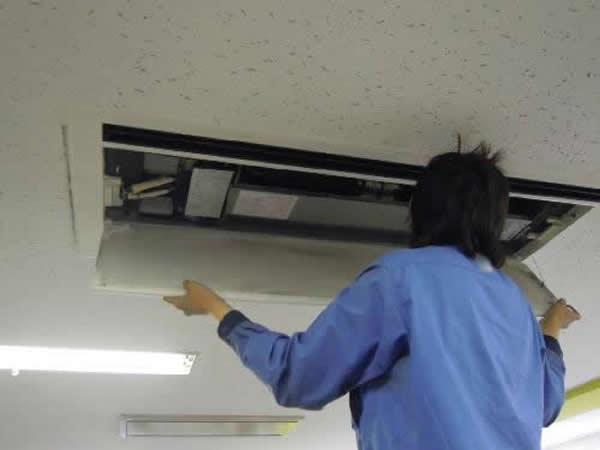 業務用エアコン清掃