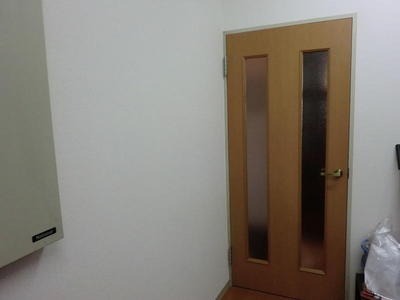 広島市のりフォーム工事 リビング扉