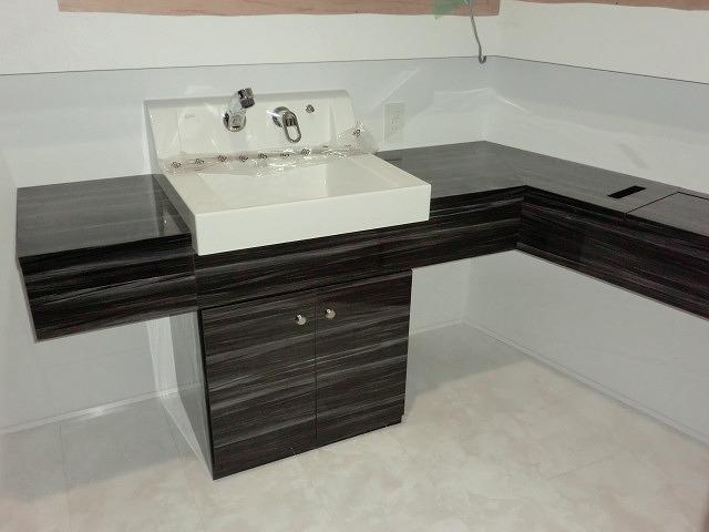 東広島市の新築工事 オーダー洗面化粧台