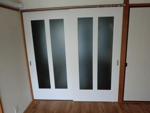 和室から洋間2連中抜きガラス戸