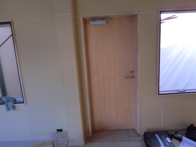 店舗ドア改修工事