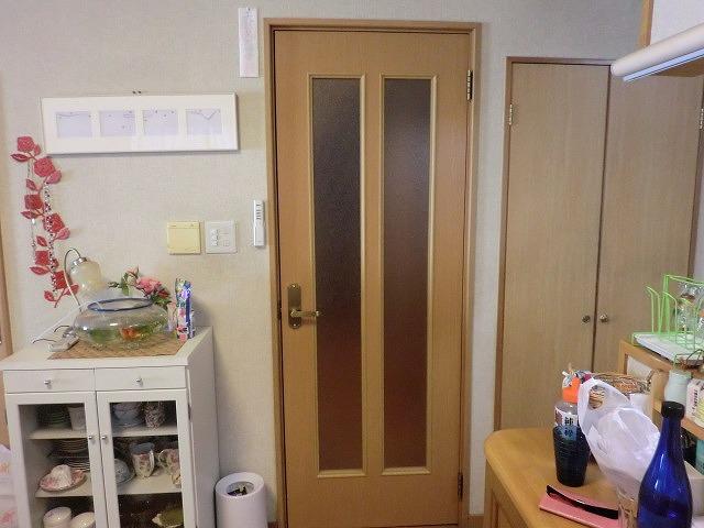 開き戸改装工事