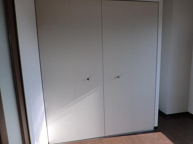 マンション折れ戸製作