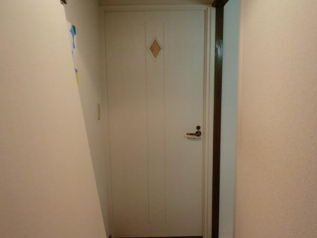 トイレ寝室中抜きひし加工