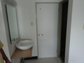 トイレ開き戸