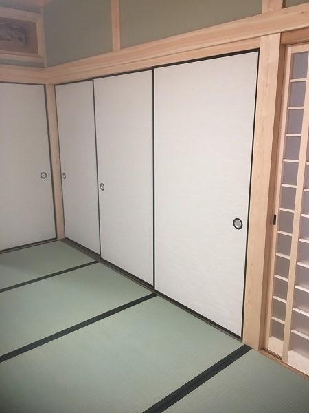 戸ふすま収納