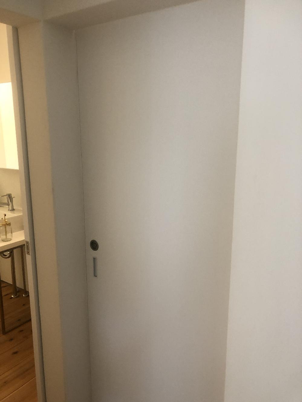 トイレ片引き戸