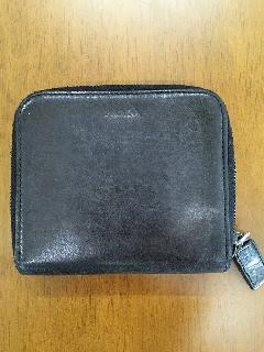 プラダ2つ折り財布ブラックused