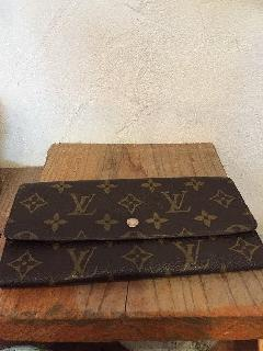 ルイヴィトンのお財布 小