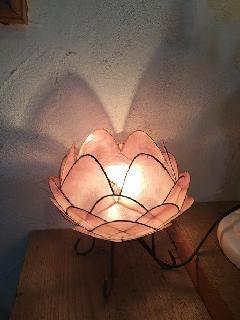 かわいい蓮の花の照明
