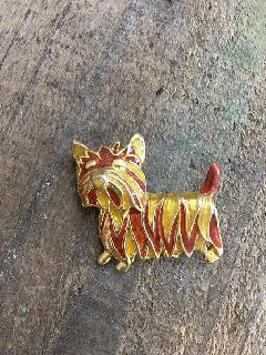 アンティークブローチ犬オレンジ