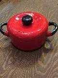 ホーロー鍋赤