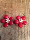 かわいいお花のピアス赤
