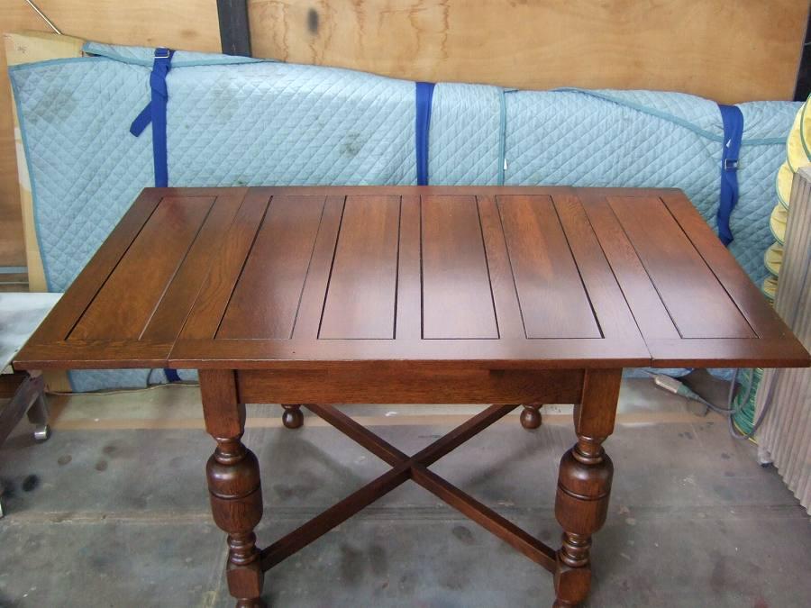 小さいテーブルの修理