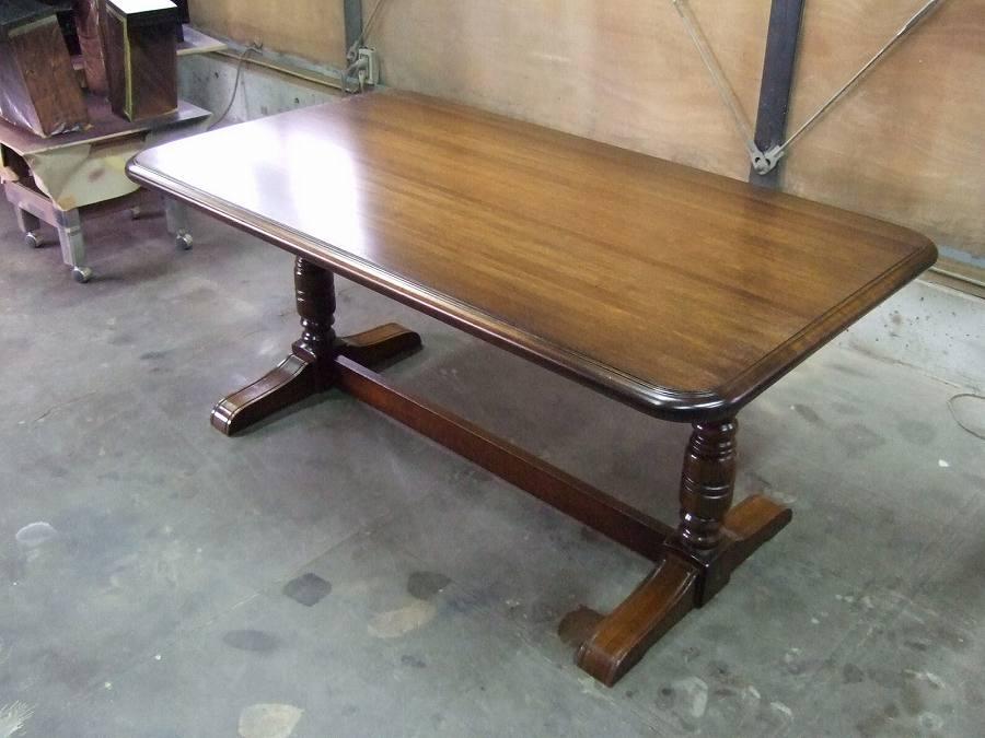 丸角テーブル
