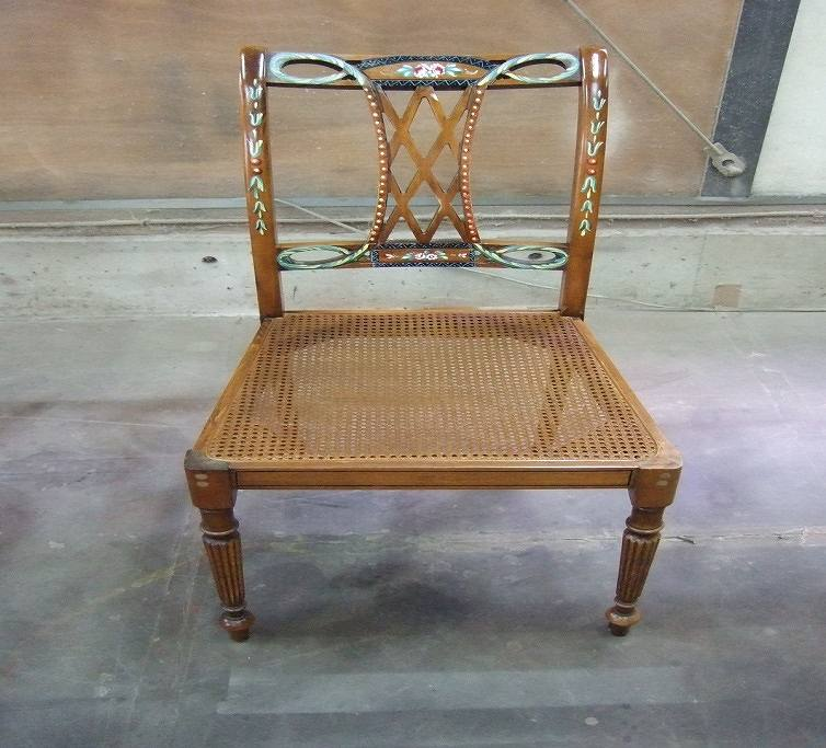 網目、模様修理した椅子