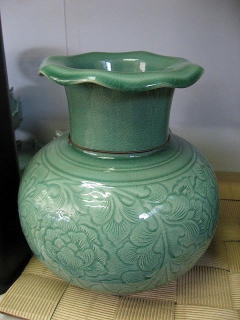 韓国青磁の壺3