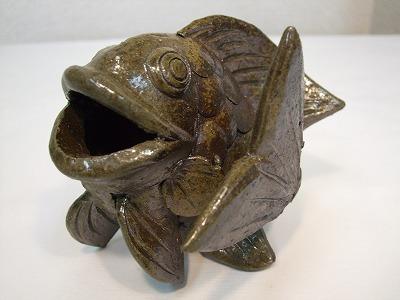 魚のオブジェ-中