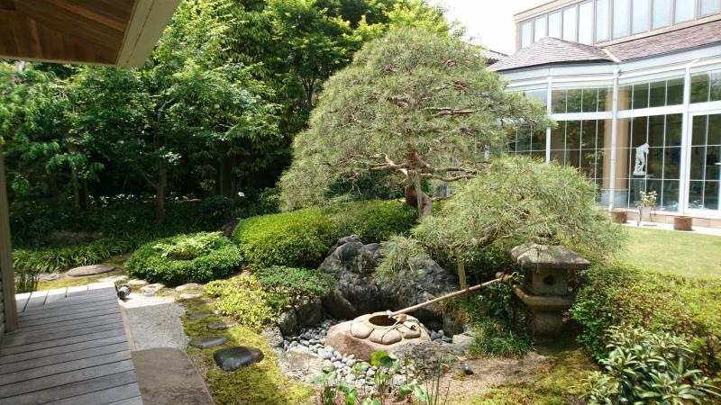 和洋折衷型お庭