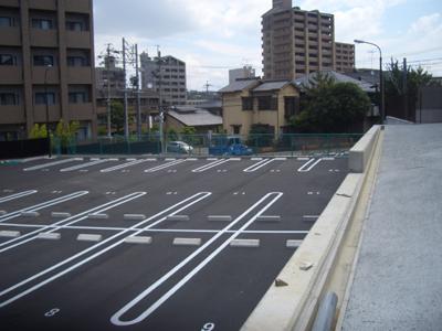 駐車場舗装・ライン引き