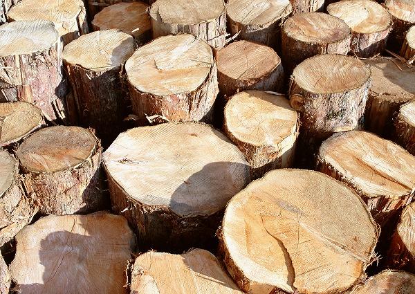 古民家建築用の木材